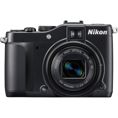 Nikon CoolPix P7000 Digital Camera
