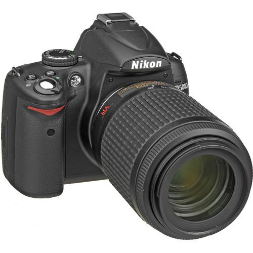 Nikon D5000 Digital SLR Camera with  55-200mm VR  f/4-5.6G Lens