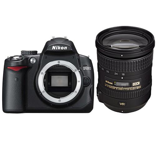 Nikon D5000 Digital SLR Camera w/ AF-S DX Nikkor 18-200mm VR II Lens