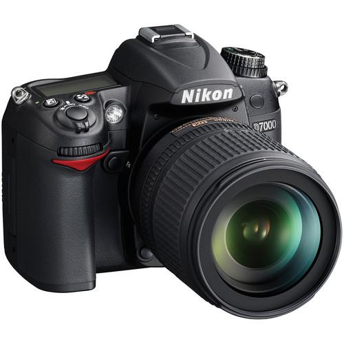 Nikon [Refurbished] D7000 DSLR Camera Kit with Nikon 18-105mm DX VR Lens Deluxe Kit