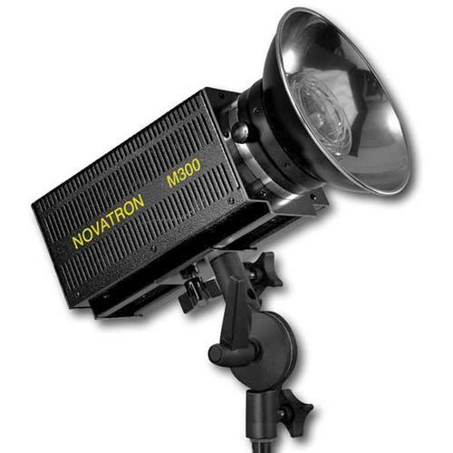 Novatron M300 Monolight