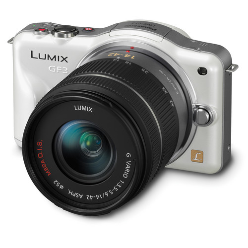 Panasonic Lumix DMC-GF3 Digital Camera with 14-42mm Lens Kit (White)