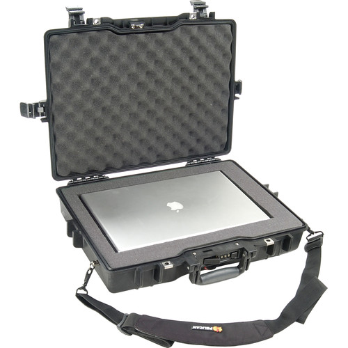 Pelican 1495 Laptop Computer Case with Foam (Black)