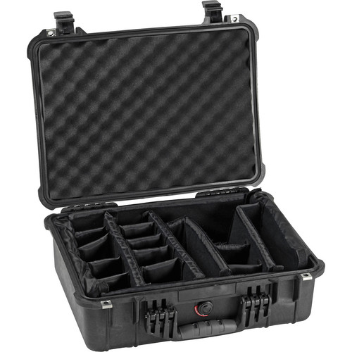 Pelican 1524 Waterproof 1520 Case with Padded Dividers (Black)