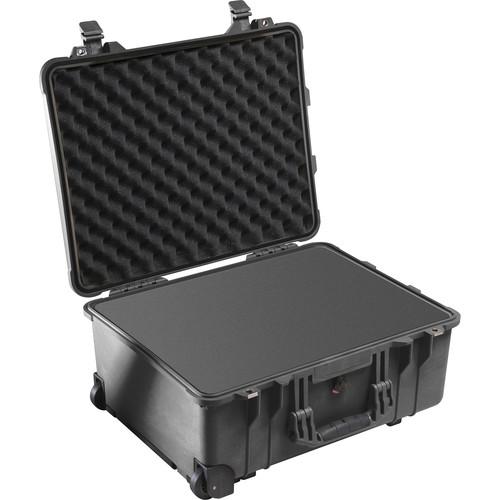 Pelican 1560 Case with Foam Set (Black)