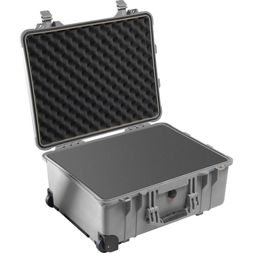 Pelican 1560 Case with Foam Set (Silver)