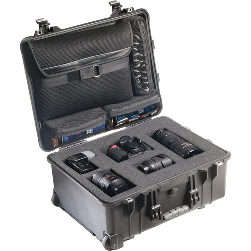 Pelican 1560LOC Laptop Overnight Case (Black)