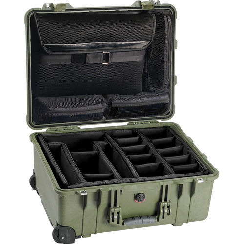Pelican 1560SC Studio Case (Green)
