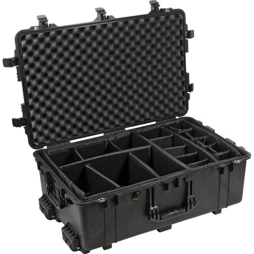 Pelican 1654 Waterproof 1650 Case with Dividers (Black)