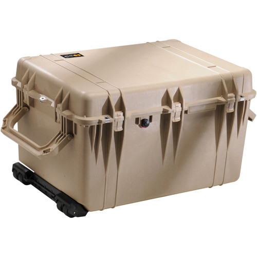 Pelican 1660 Case with Foam (Desert Tan)