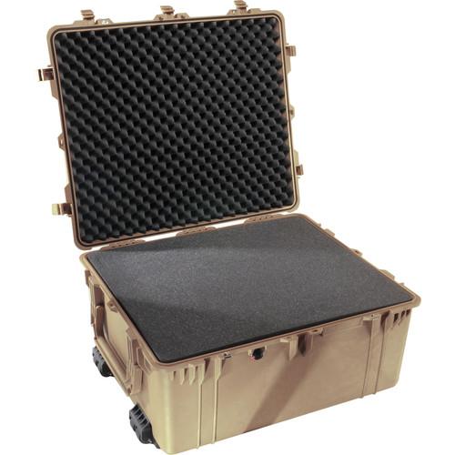 Pelican 1690 Transport Case with Foam (Desert Tan)