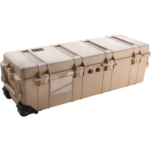 Pelican 1740 Transport Case with Foam (Desert Tan)