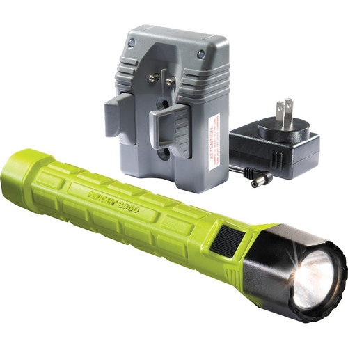 Pelican 8050 M11 Rechargeable Xenon Flashlight (Yellow, with Charger)