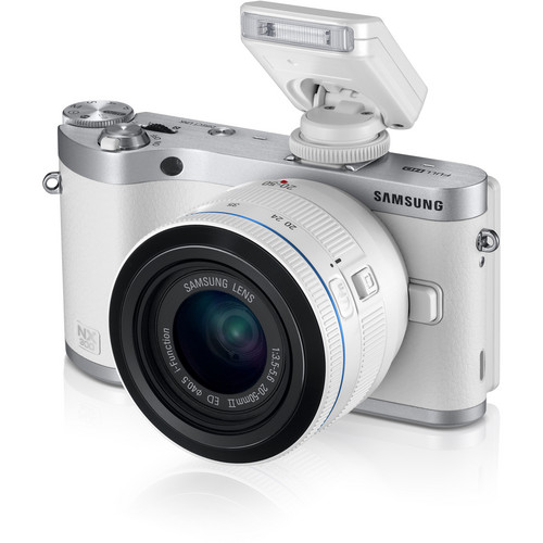 Samsung NX300 Mirrorless Digital Camera with 20-50mm F/3.5-5.6 ED II Lens (White)