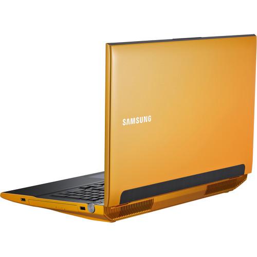 "Samsung Series 7 Gamer NP700G7C-T01US 17.3"" Notebook Computer"