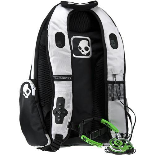 Skullcandy Audio Pack Backpack for iPod (Black & White)