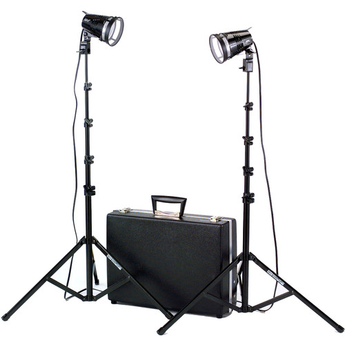 Smith-Victor K102 Kit 2-Light 1200 Watt Quartz Portable Attache Kit