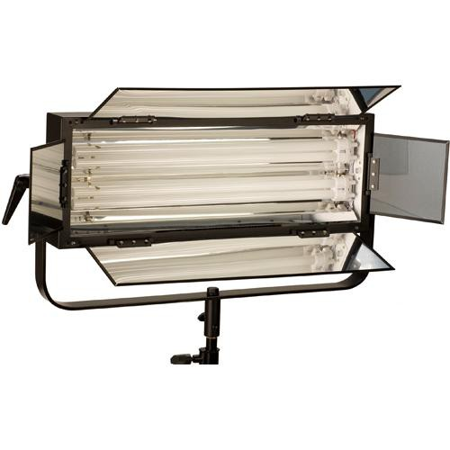 Smith-Victor FLO-110 110W Dimmable Fluorescent 2-Lamp Bank with Barndoors (120 VAC)