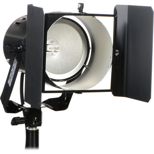 Smith-Victor Q60-SG 600 Watt Quartz Light with 2 Leaf Barndoors (120-240V AC)
