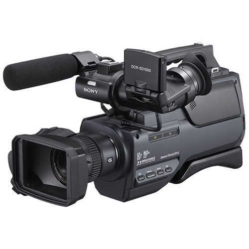 Sony DCR-SD1000E Handycam Shoulder-Mount Flash Memory PAL Camcorder
