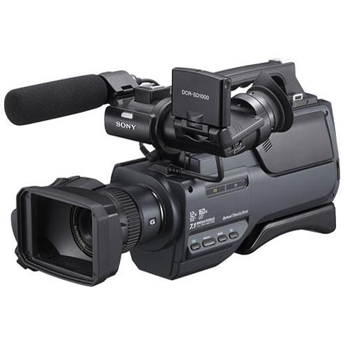 Sony DCR-SD1000E Handycam Shoulder-Mount Flash Memory PAL Camcorder