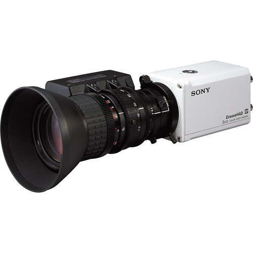Sony DXC-990 Sony 1/2-Inch 3-CCD Color Video Camera with 850 Lines Resolution