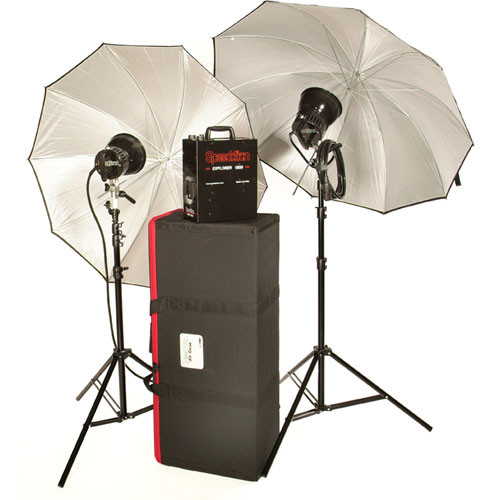 Speedotron Explorer 1500 Portable Lighting Kit with 2 Heads and Carrying Case