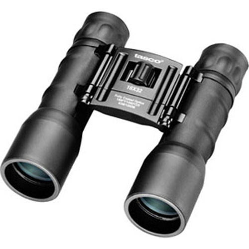 Tasco 16x32 Essentials Binocular (Clamshell)