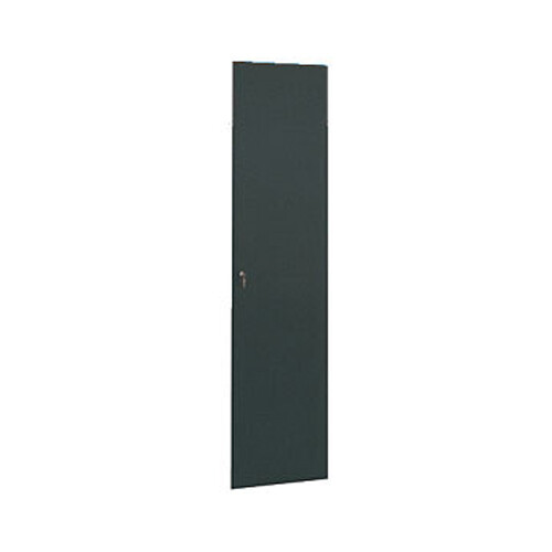 Winsted Locking Solid Door