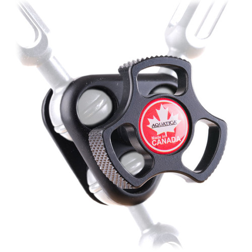 """Aquatica Delta 3 Triple Ball Joint Clamp for 1"""" Ball Arms"""