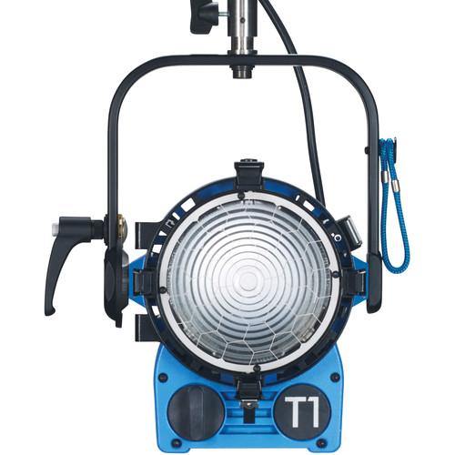 ARRI TRUE BLUE T1 1000W Pole Operated Fresnel Fixture