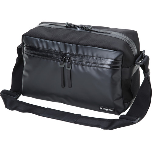 Artisan & Artist WCAM 3500N Waterproof Shoulder Bag (Black)