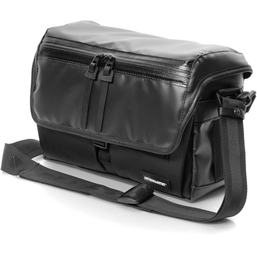 Artisan & Artist WCAM-7500 Waterproof Camera Bag