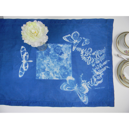 "Cyanotype Store Cyanotype Linen Table Runner (16 x 90"")"