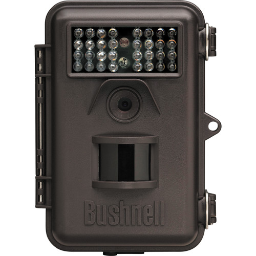 Bushnell 6MP Trophy Cam Trail Camera with Hyper Night Vision and Field Scan 2X (Brown)