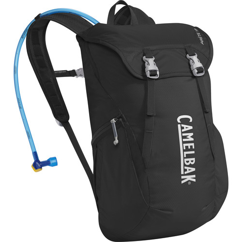 CAMELBAK Arete 18 Hydration Pack (Black/Silver)