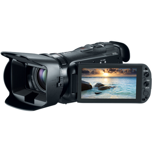 Canon 32GB VIXIA HF G20 Full HD Camcorder Basic Kit