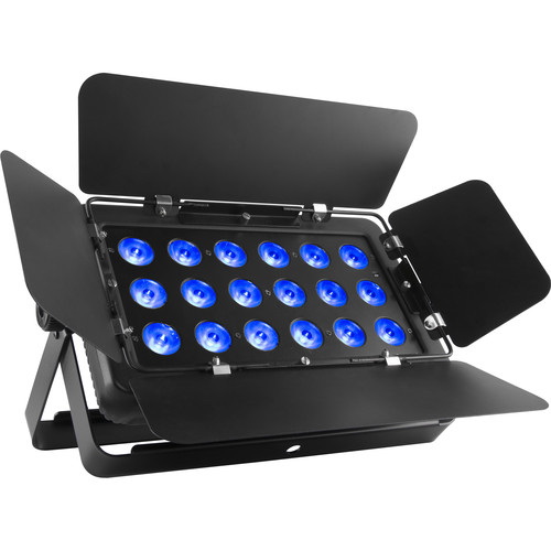 CHAUVET PROFESSIONAL SlimBANK T18 USB - Wireless DMX RGB LED Wash Light