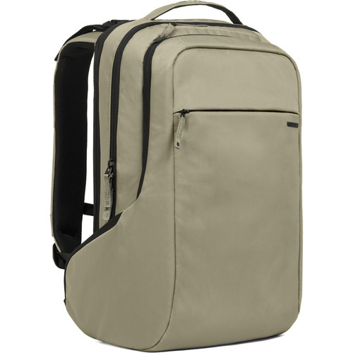 Incase Designs Corp ICON Backpack (Moss Green / Black)