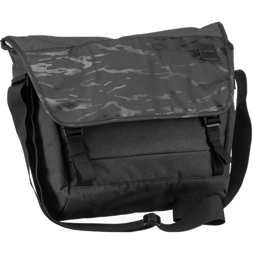 Incase Designs Corp Compass Messenger Bag (Black Camo)