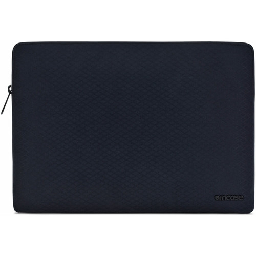 "Incase Designs Corp Slim Sleeve with Diamond Ripstop for 13"" MacBook Pro (Black)"