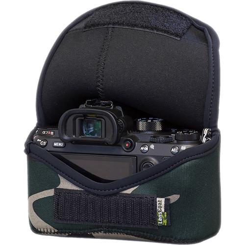 LensCoat BodyBag M for Sony Alpha a7 III, a7R III, a7R IV, a9, a9II (Green Camo)