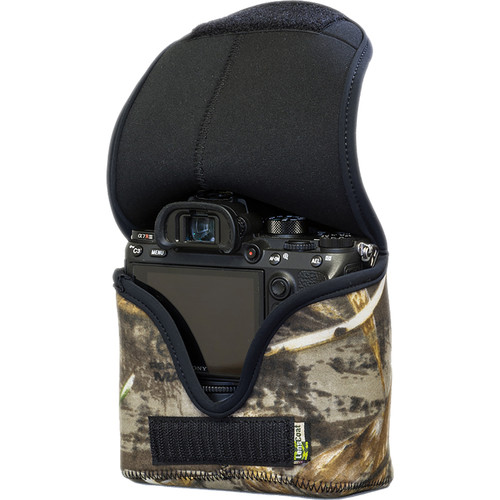 LensCoat BodyBag Mwith Grip for Sony Alpha a7 III, a7R III, a9 (Realtree Max5 Camo)