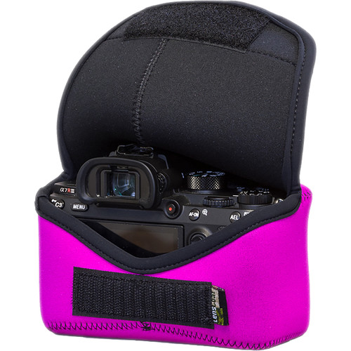 LensCoat BodyBag M for Sony Alpha a7 III, a7R III, a9 (Pink)