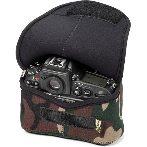 LensCoat BodyBag Plus DSLR Body Case for Nikon D800, D810 (Forest Green Camo)