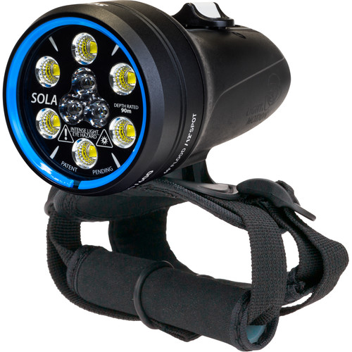 Light & Motion Sola 2000 Dive Light with hand strap