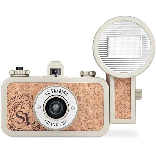 Lomography la Sardina Camera & Flash Grand Cru – on the Way to Wide-Angle Photography