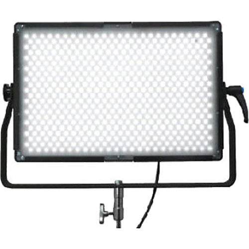 Lumos 500GT 3200K LED Panel with 55° Beam Angle Lens