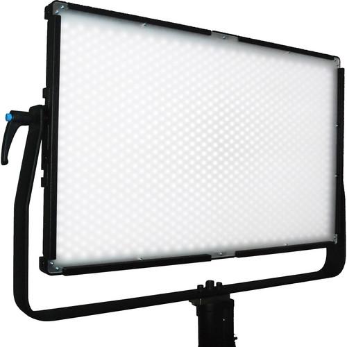 Lumos 700F LED Light (3,200K)