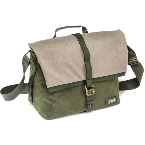 National Geographic NG Rain Forest Camera Messenger Bag (Medium, Green)